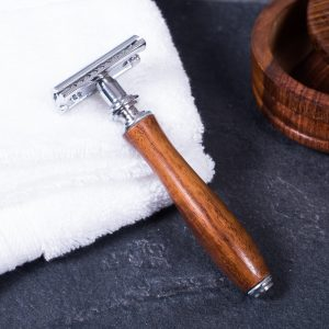 Mr Masey's Emporium of Beards Traditional DE safety Razor with Wood Handle