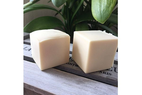 Bain & Savon Coconut Milk Shampoo Bar