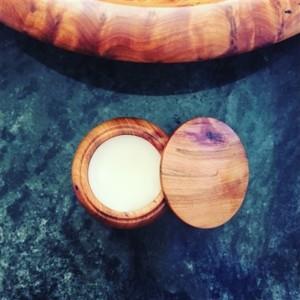 Natural Wisdom Sandalwood & Jasmin Unisex Solid Perfume