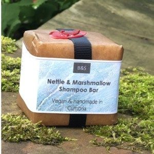 Bain & Savon Nettle & Marshmallow Shampoo Bar