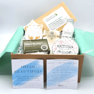 Greener Beauty Tiffany's Time Out Gift Box with Candle