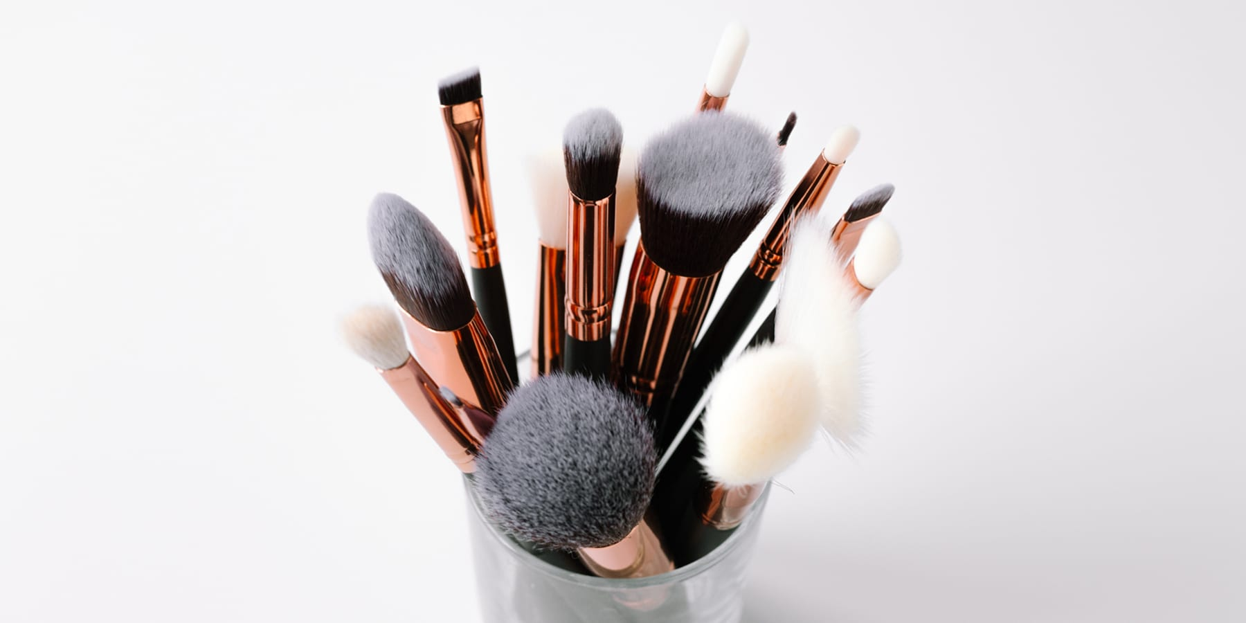 Your Ultimate Make Up Brush Guide!