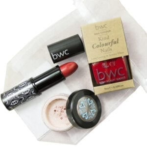 Beauty Without Cruelty Winter Berries Gift Set